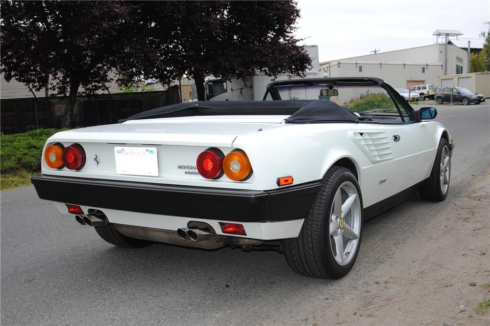 1985 FERRARI MONDIAL CONVERTIBLE - Rear 3/4 - 133176