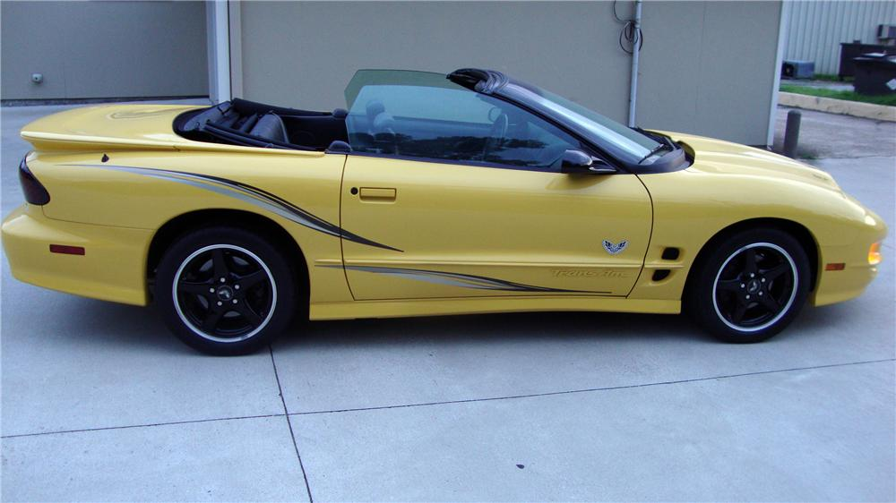 2002 PONTIAC FIREBIRD TRANS AM CONVERTIBLE COLLECTORS EDITION - Side Profile - 133180