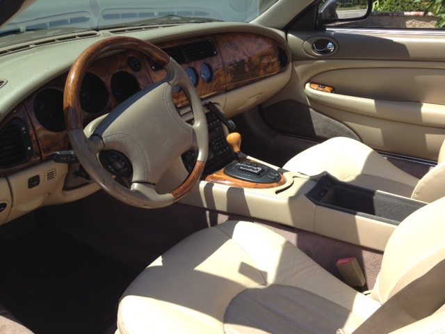 1999 JAGUAR XK8 CONVERTIBLE - Interior - 133225