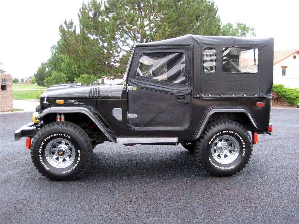 1970 TOYOTA LAND CRUISER FJ-40  - Side Profile - 133226