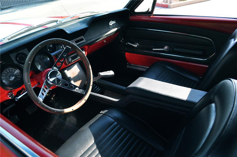 1967 FORD MUSTANG CUSTOM CONVERTIBLE - Interior - 133492