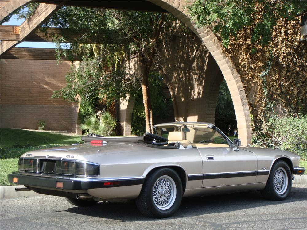 1992 JAGUAR XJS CONVERTIBLE - Rear 3/4 - 133497