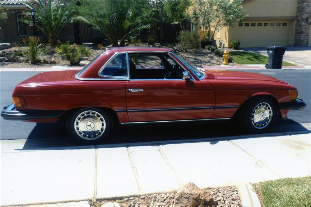 1984 MERCEDES-BENZ 380SL CONVERTIBLE - Front 3/4 - 133499