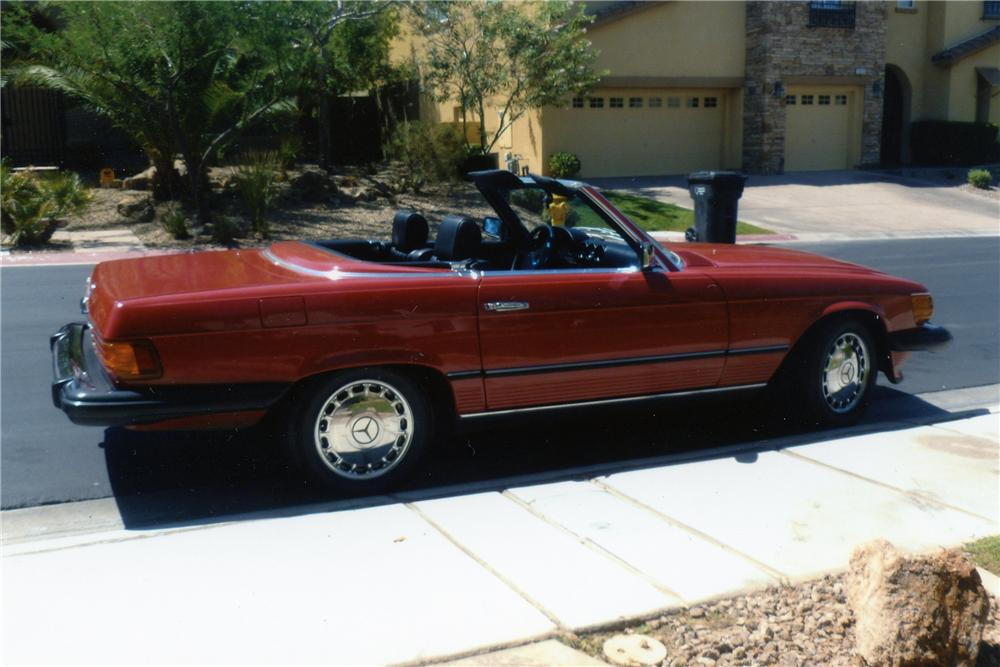 1984 MERCEDES-BENZ 380SL CONVERTIBLE - Side Profile - 133499