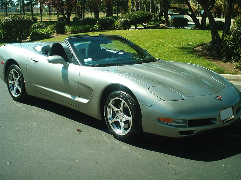2000 CHEVROLET CORVETTE CONVERTIBLE - Front 3/4 - 133504