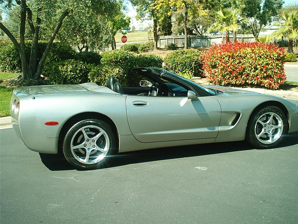 2000 CHEVROLET CORVETTE CONVERTIBLE - Side Profile - 133504