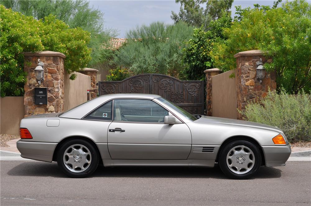 1992 MERCEDES-BENZ 500SL CONVERTIBLE - Front 3/4 - 133510