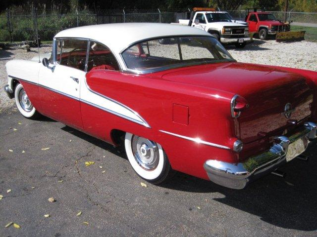 1955 OLDSMOBILE 88 2 DOOR HARDTOP - Rear 3/4 - 133513
