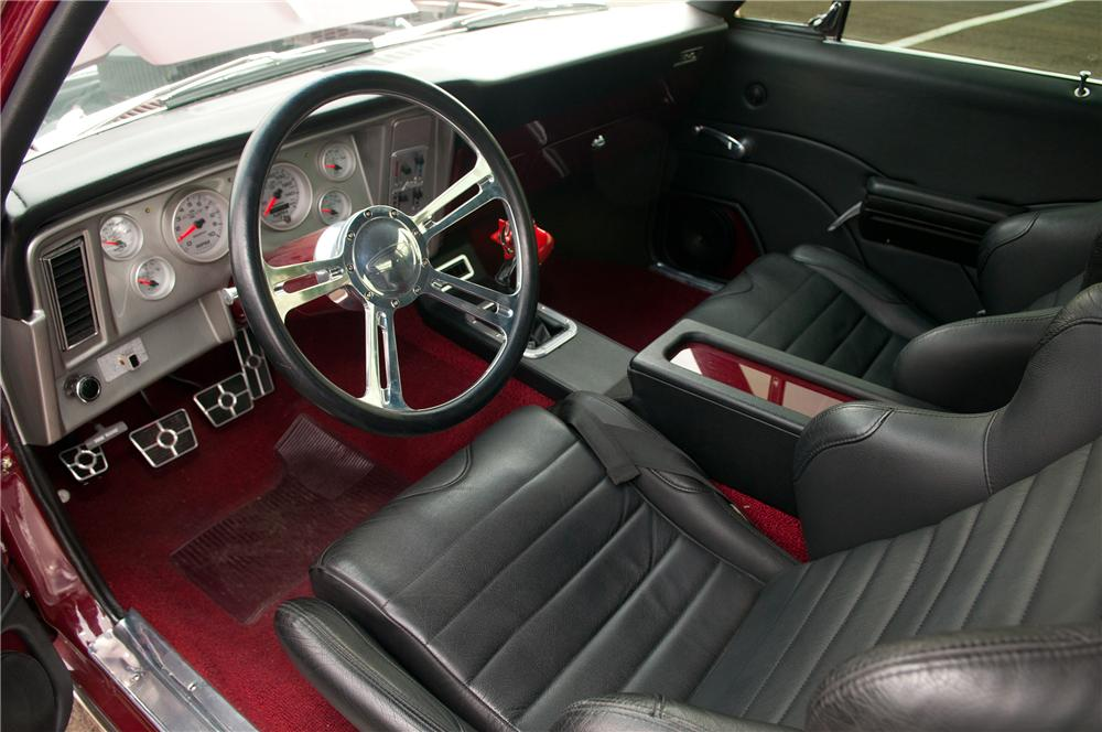 1970 CHEVROLET NOVA CUSTOM 2 DOOR COUPE - Interior - 133526