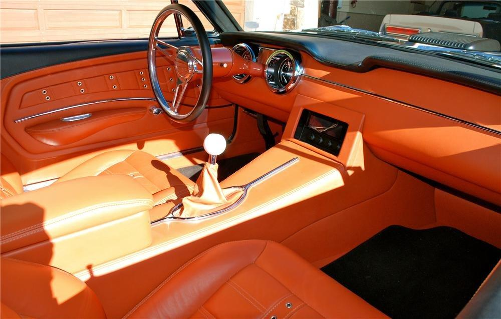 1967 FORD MUSTANG CUSTOM FASTBACK - Interior - 133533