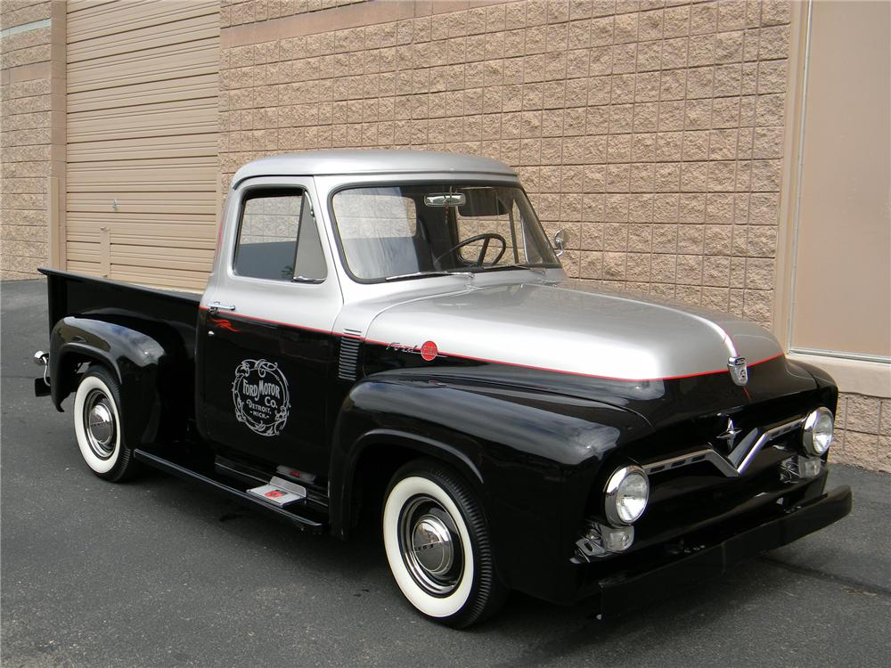 1955 FORD F-100 CUSTOM PICKUP - Front 3/4 - 133547