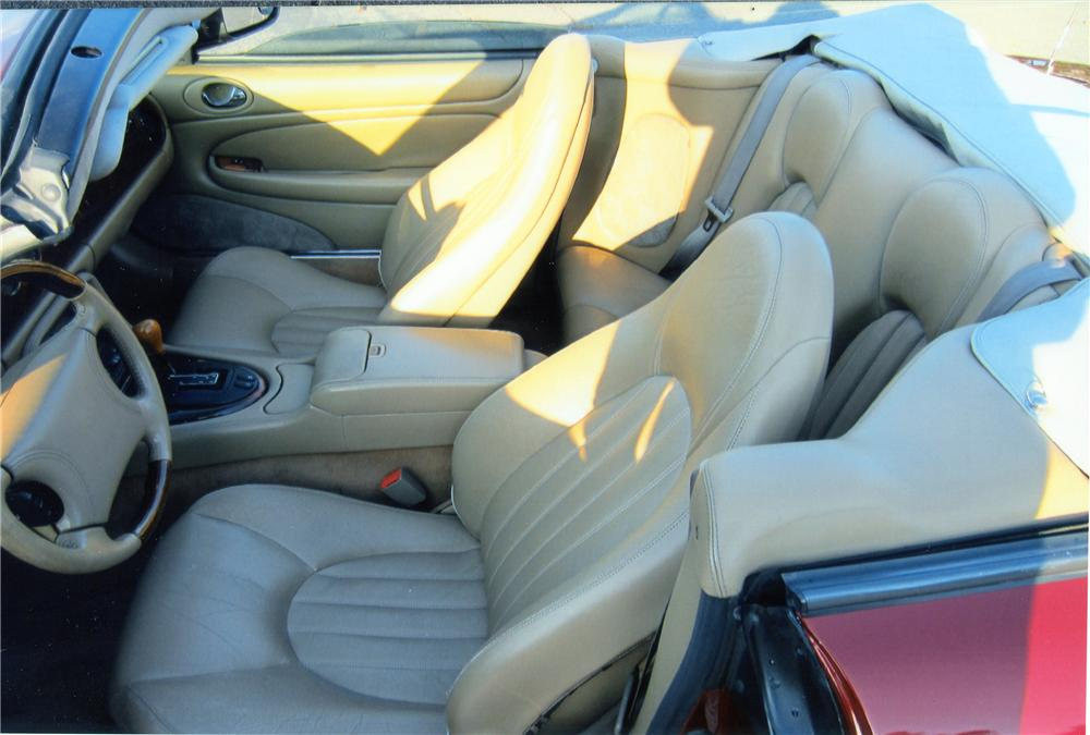 1997 JAGUAR XK8 CONVERTIBLE - Interior - 133549