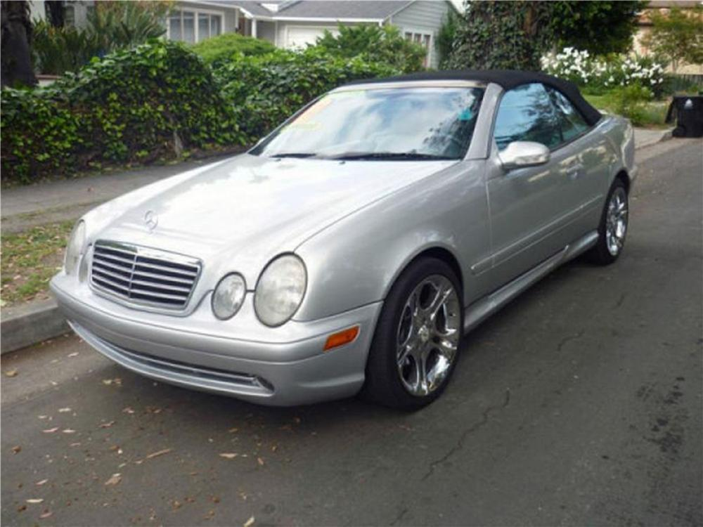 2001 MERCEDES-BENZ CLK430 CONVERTIBLE - Front 3/4 - 133558