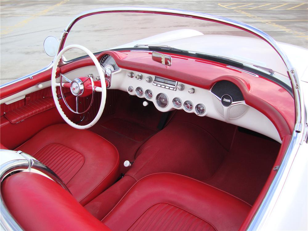 1954 CHEVROLET CORVETTE CONVERTIBLE - Interior - 133559