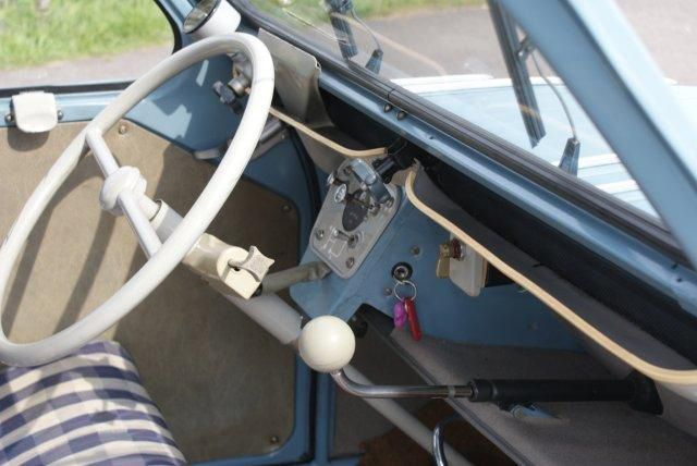 1956 CITROEN 2CV 4 DOOR SEDAN - Interior - 133561