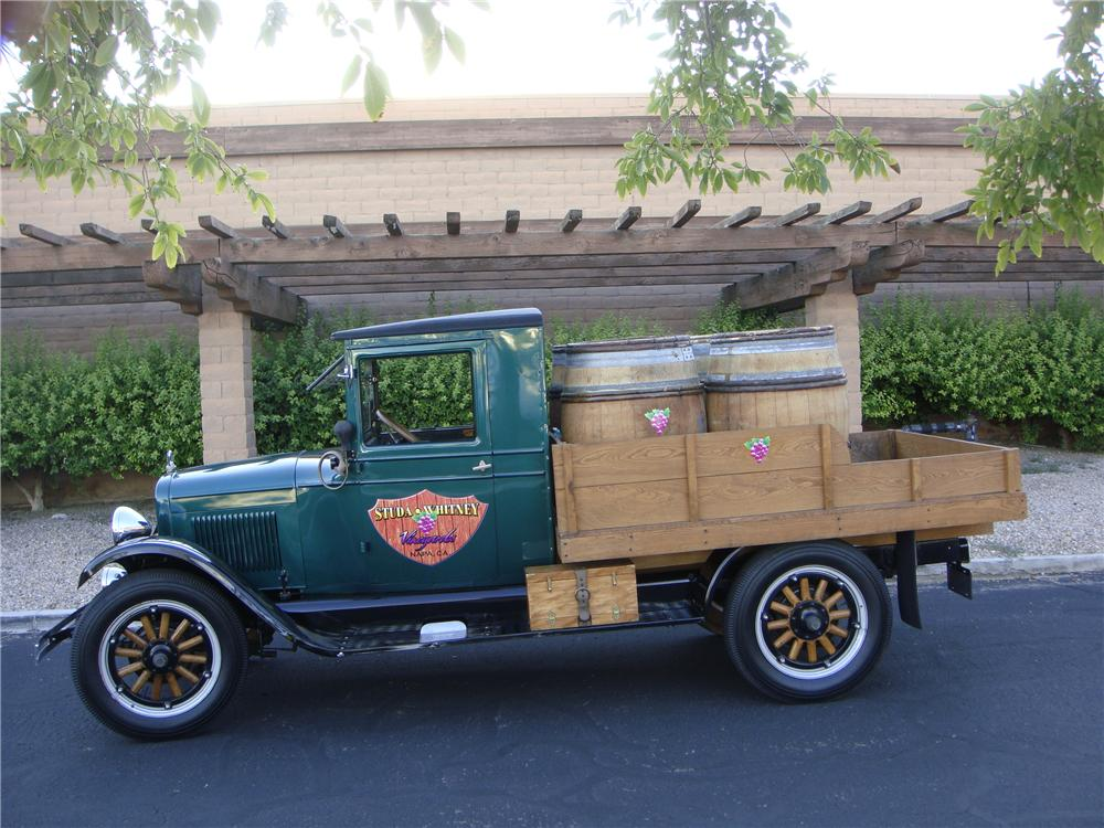 1928 CHEVROLET CUSTOM PICKUP - Side Profile - 133572