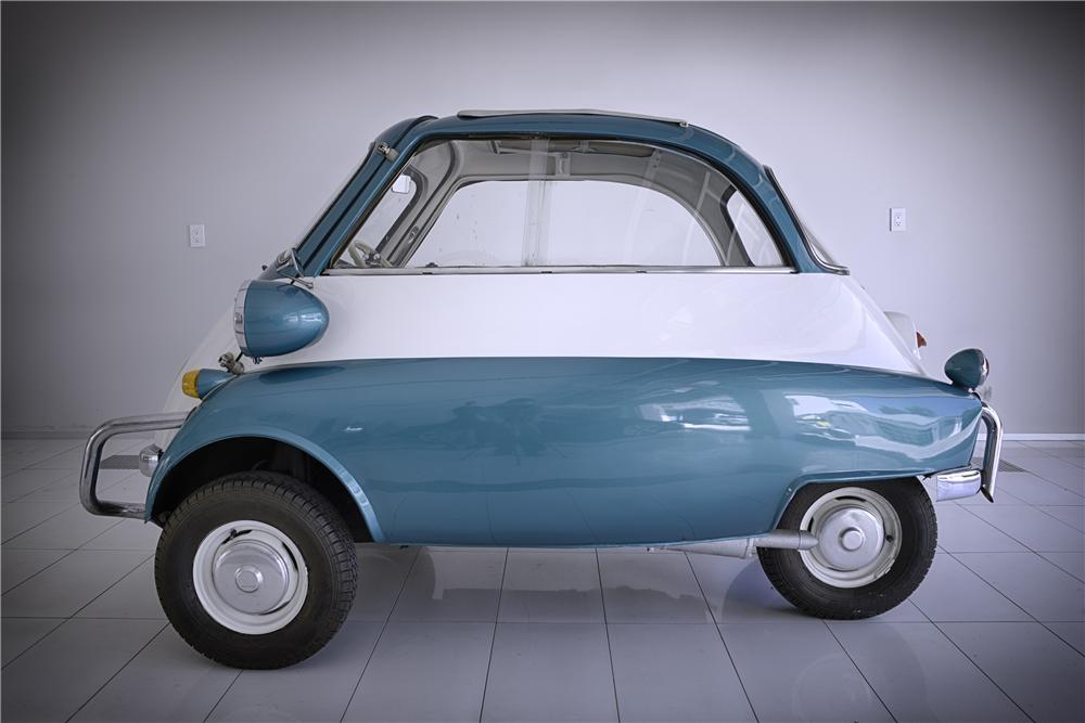 1957 BMW ISETTA COUPE - Front 3/4 - 133576