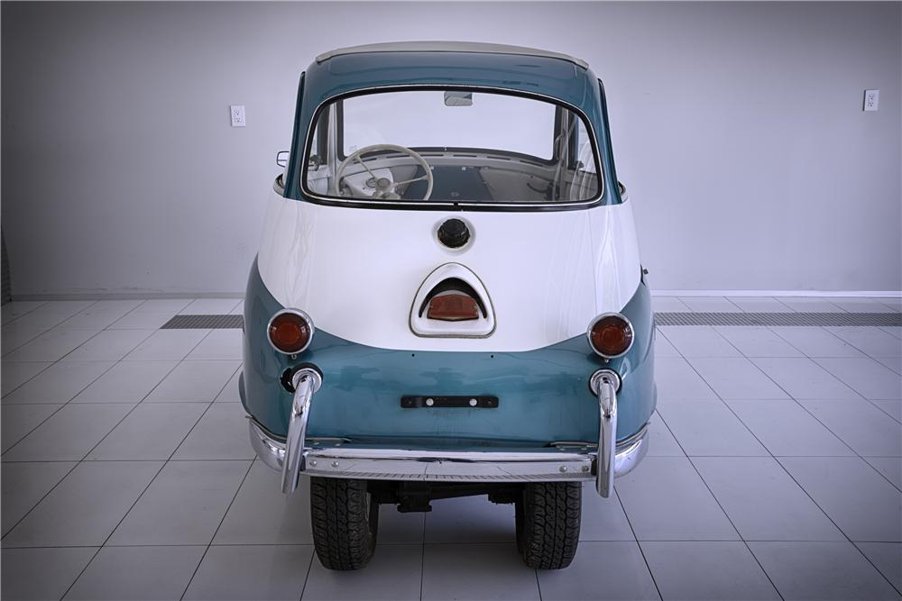 1957 BMW ISETTA COUPE - Rear 3/4 - 133576