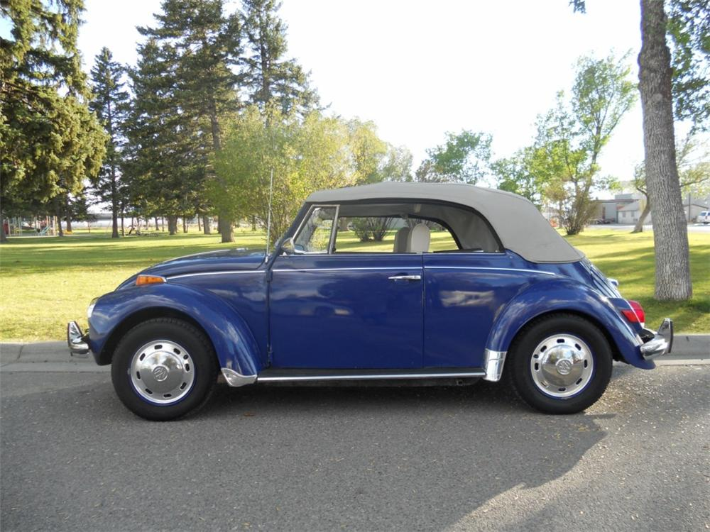 1971 VOLKSWAGEN BEETLE CONVERTIBLE - Side Profile - 133588