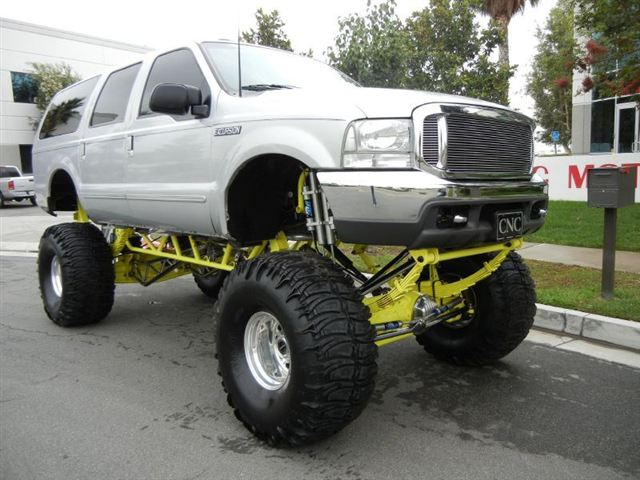 2000 FORD EXCURSION CUSTOM SUV - Side Profile - 133589
