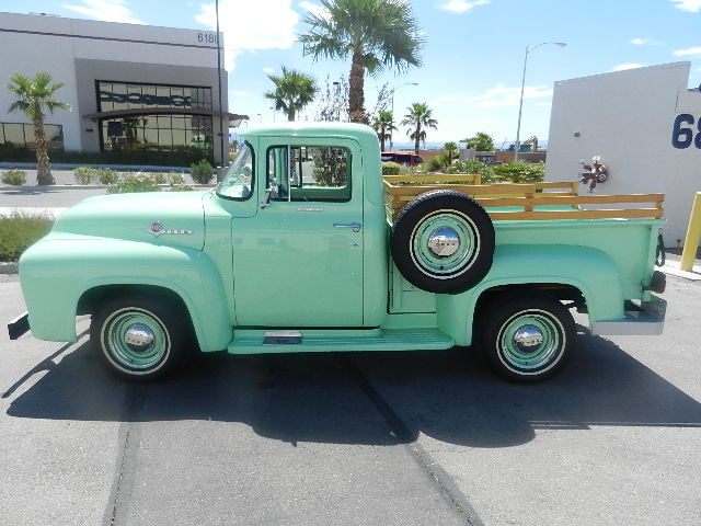 1956 FORD F-100 PICKUP - Side Profile - 133596