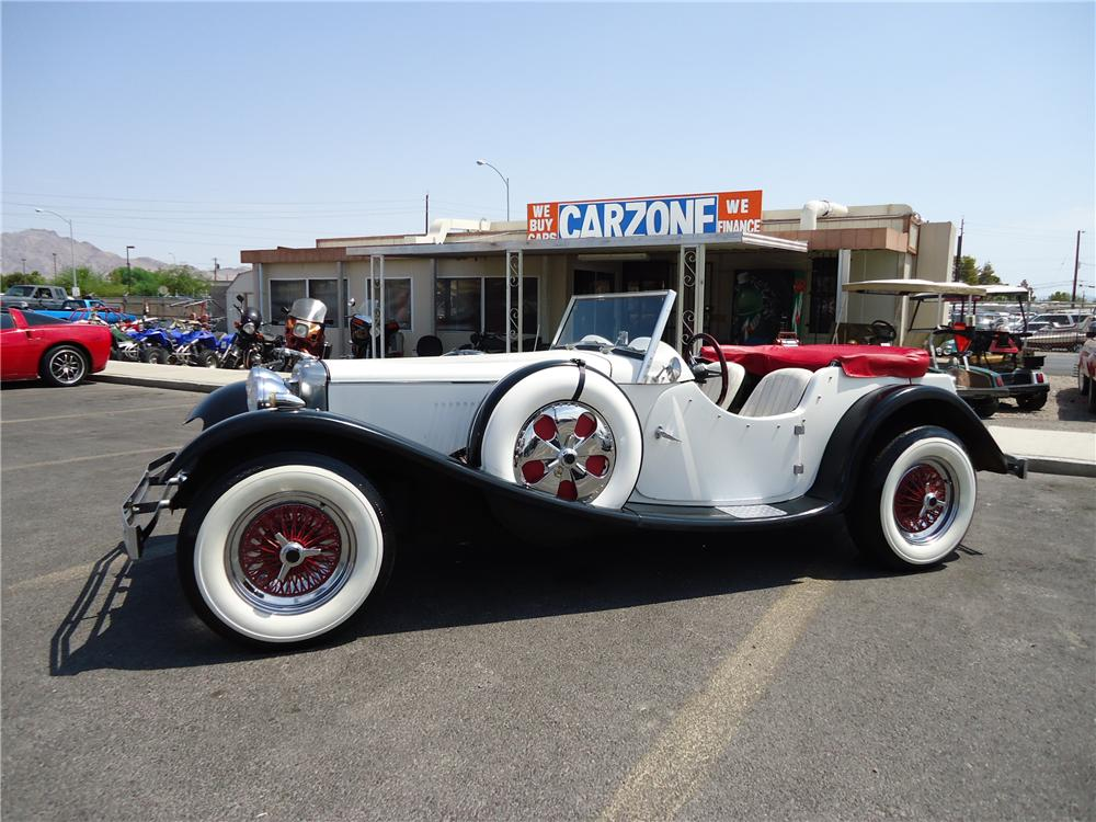 1939 JAGUAR SS 100 RE-CREATION ROADSTER - Front 3/4 - 133597