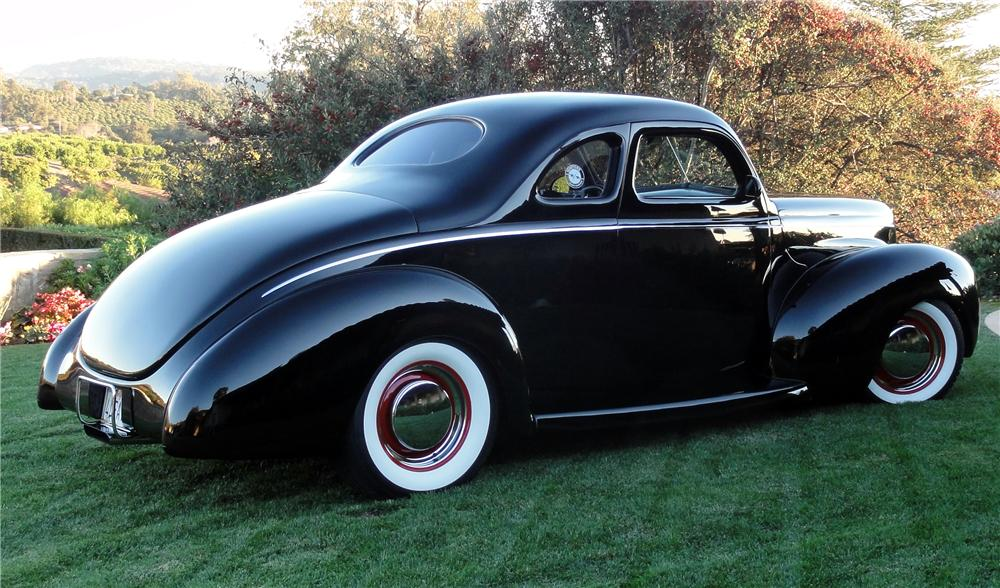 1940 FORD DELUXE CUSTOM 2 DOOR COUPE - Side Profile - 137536