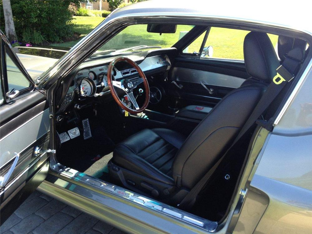 1967 FORD MUSTANG CUSTOM FASTBACK - Interior - 137537