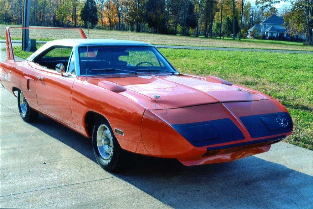 1970 PLYMOUTH SUPERBIRD 2 DOOR HARDTOP - Front 3/4 - 137547