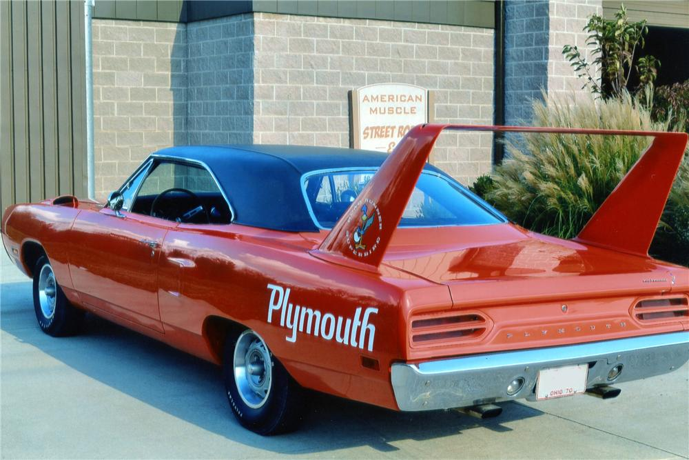 1970 PLYMOUTH SUPERBIRD 2 DOOR HARDTOP - Rear 3/4 - 137547