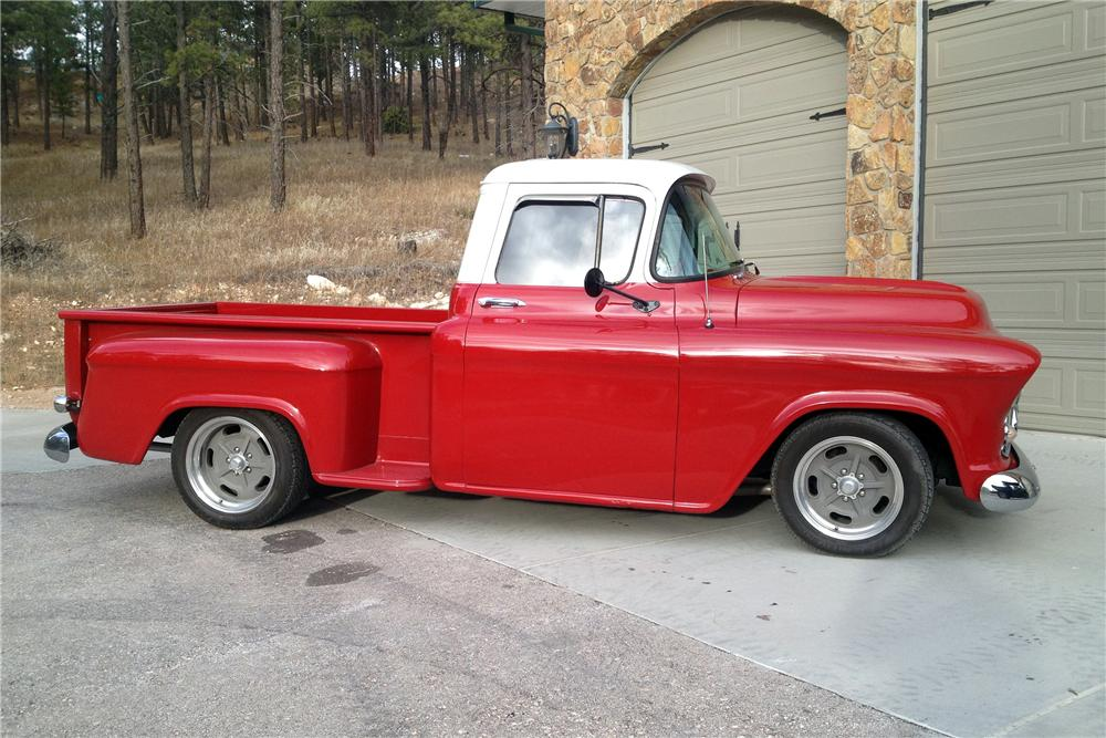 1957 CHEVROLET 3100 CUSTOM PICKUP - Front 3/4 - 137552