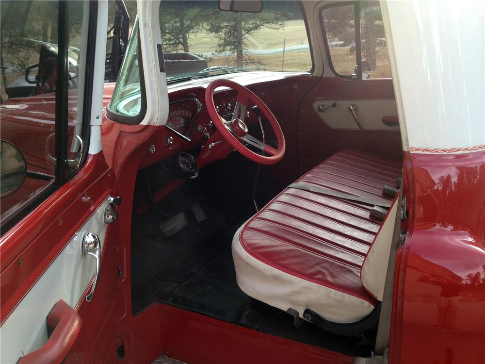 1957 CHEVROLET 3100 CUSTOM PICKUP - Interior - 137552