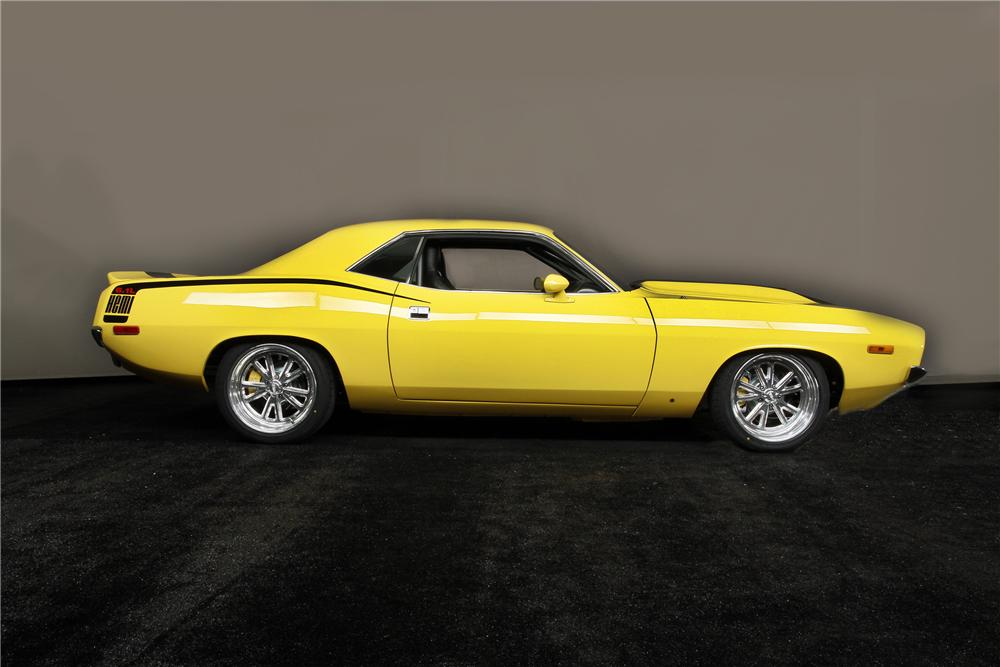 1972 PLYMOUTH BARRACUDA CUSTOM 2 DOOR COUPE - Side Profile - 137554