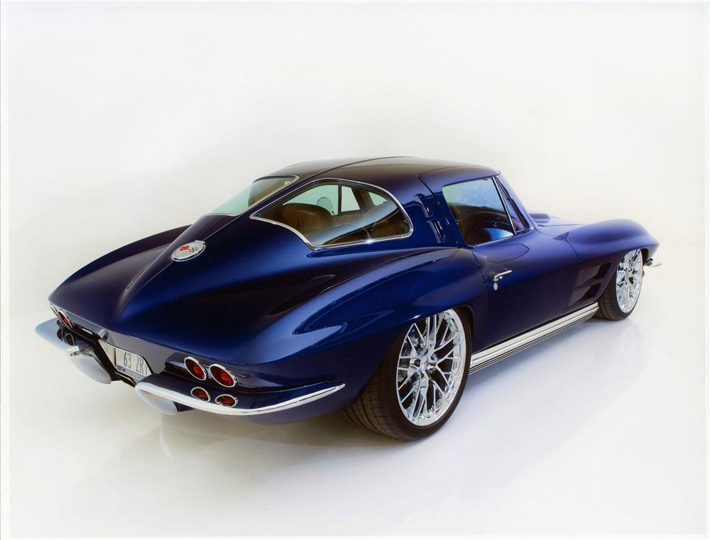 1963 CHEVROLET CORVETTE CUSTOM 2 DOOR COUPE 137555 on best chevy muscle cars
