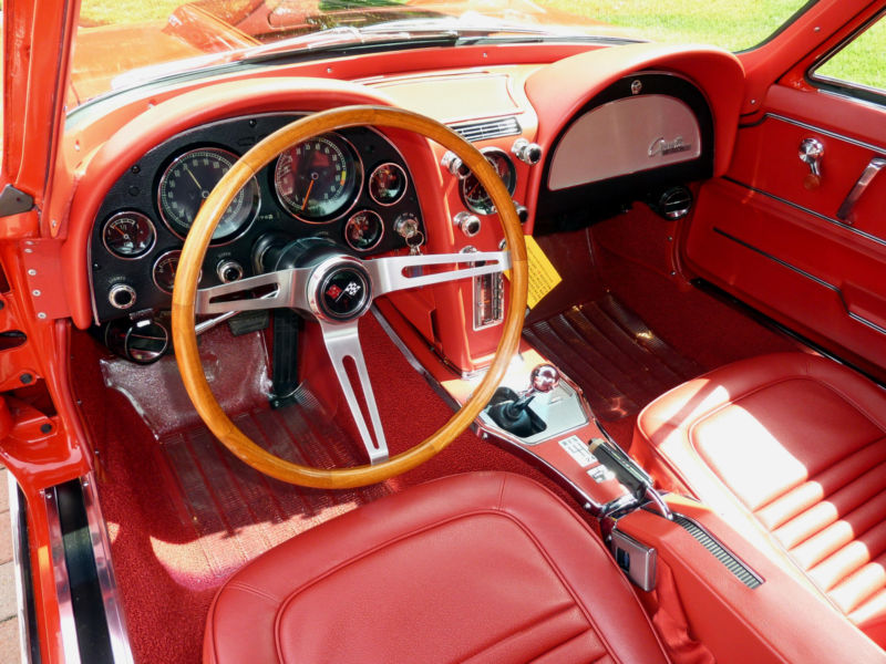 1967 CHEVROLET CORVETTE 2 DOOR COUPE - Interior - 137557
