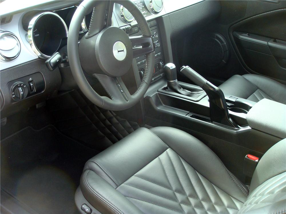 2009 FORD MUSTANG IACOCCA 45TH ANNIVERSARY - Interior - 137564