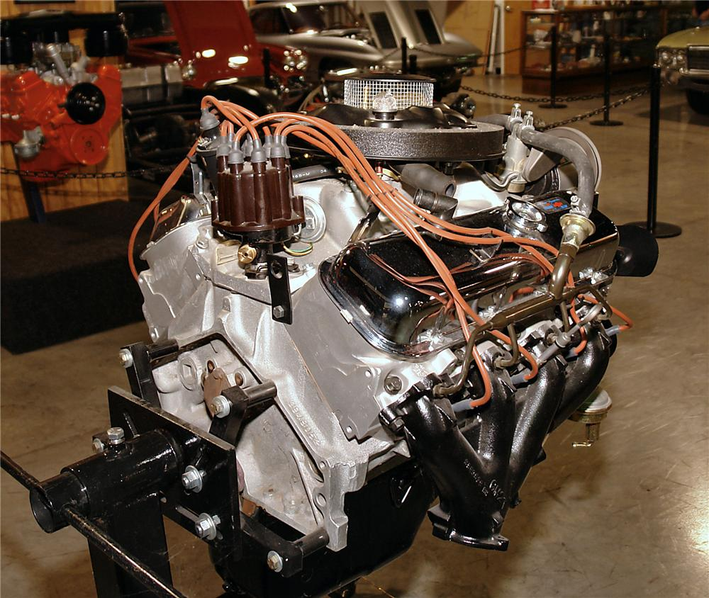 1969 CHEVROLET ENGINE - Rear 3/4 - 137623 ...