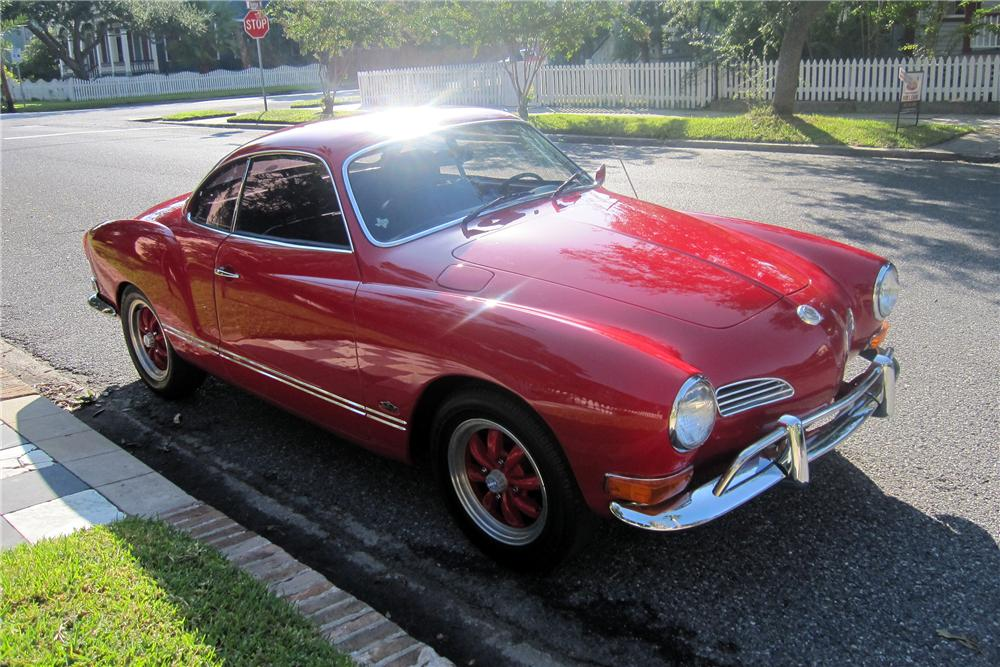 1971 VOLKSWAGEN KARMANN GHIA 2 DOOR COUPE - Front 3/4 - 137627