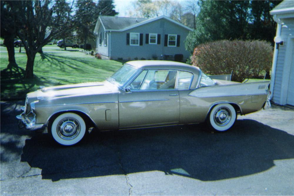 1957 STUDEBAKER GOLDEN HAWK 2 DOOR HARDTOP - Side Profile - 137647