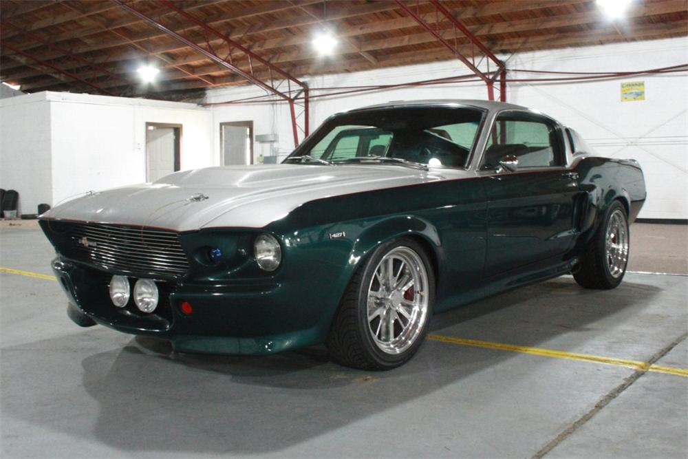 1967 FORD MUSTANG CUSTOM FASTBACK - Front 3/4 - 137648