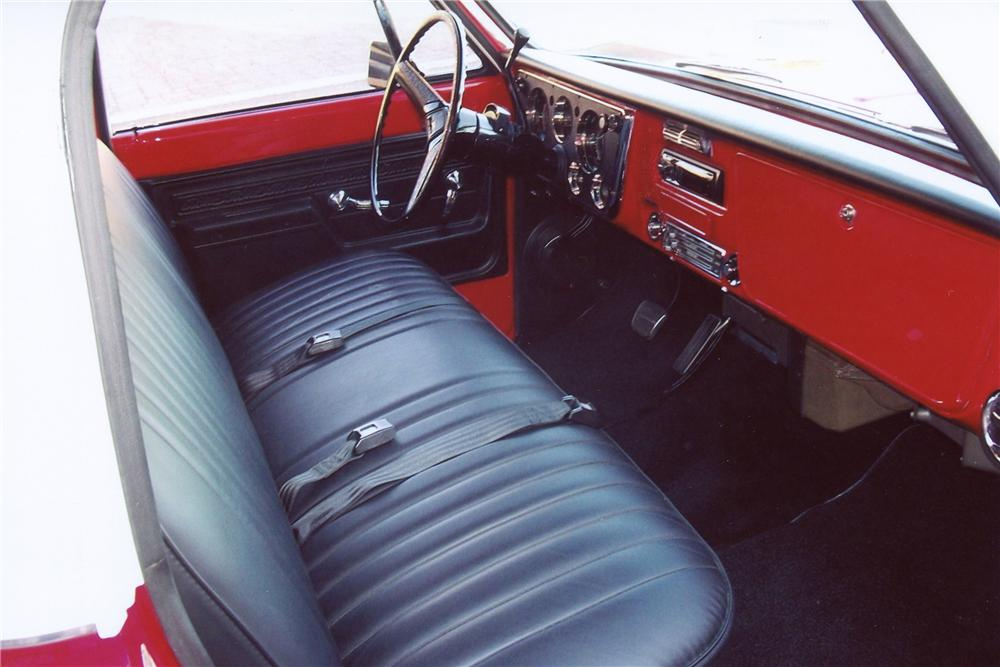 1972 CHEVROLET C-10 PICKUP - Interior - 137659