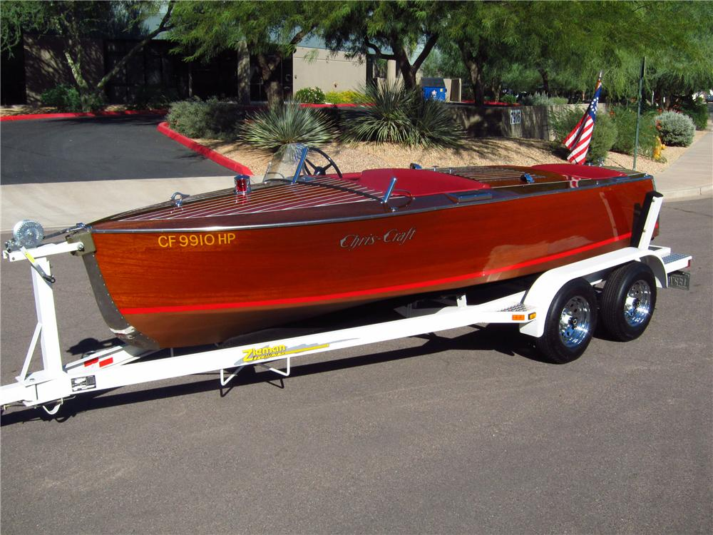 1934 CHRISCRAFT 52 16 FOOT BOAT & TRAILER - Front 3/4 - 137672