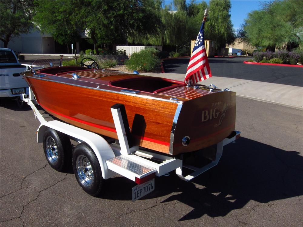 1934 CHRISCRAFT 52 16 FOOT BOAT & TRAILER - Rear 3/4 - 137672
