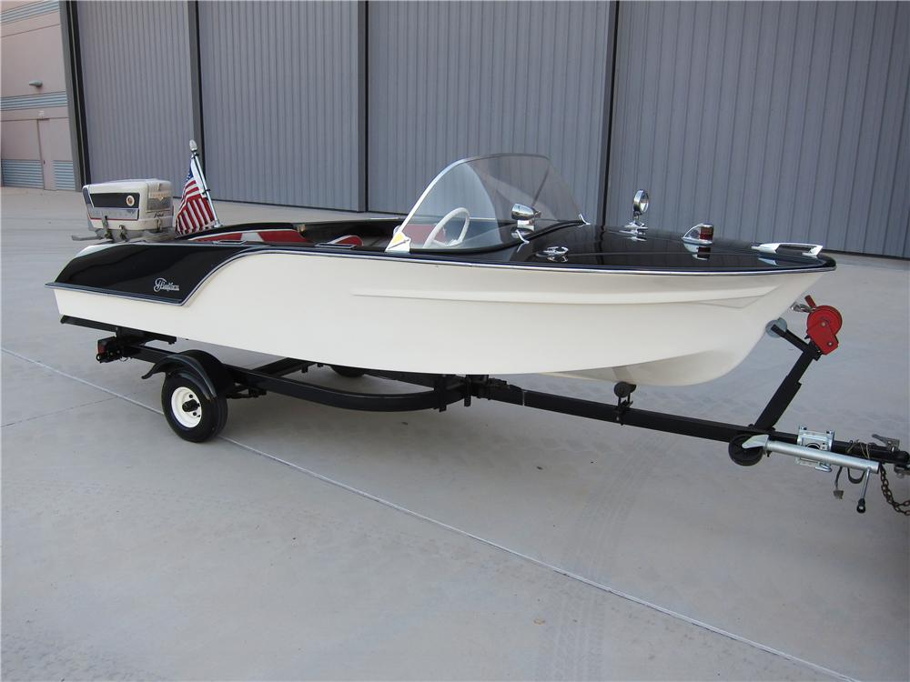 1993 TRAILER - Front 3/4 - 137676