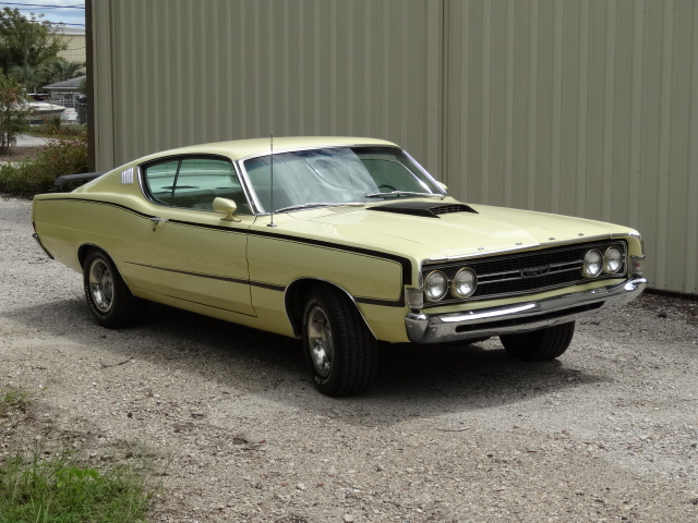 1968 FORD GT TORINO FASTBACK - Front 3/4 - 137685