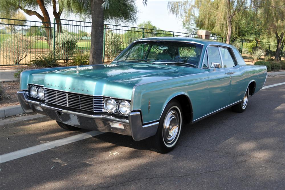1966 LINCOLN CONTINENTAL 4 DOOR SEDAN - Front 3/4 - 137706