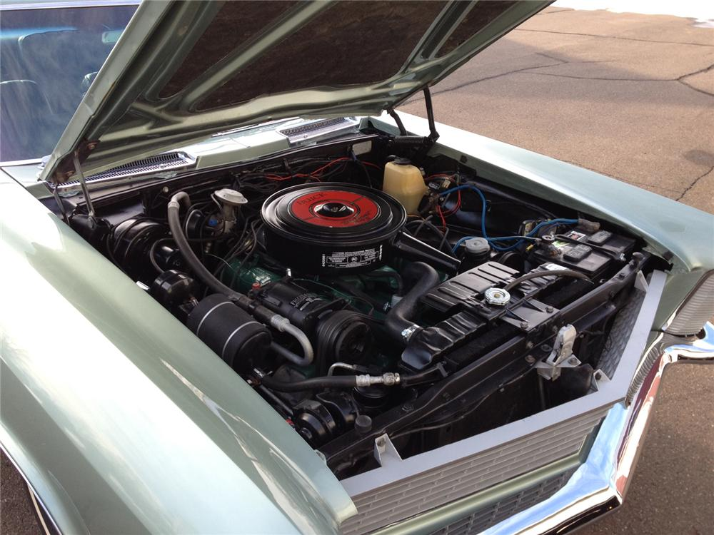 1965 BUICK RIVIERA 2 DOOR HARDTOP - Engine - 137707