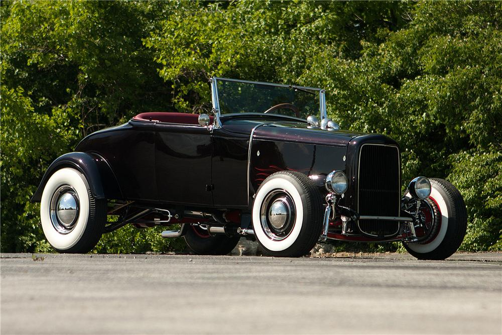 1931 FORD MODEL A ROADSTER - Front 3/4 - 137711