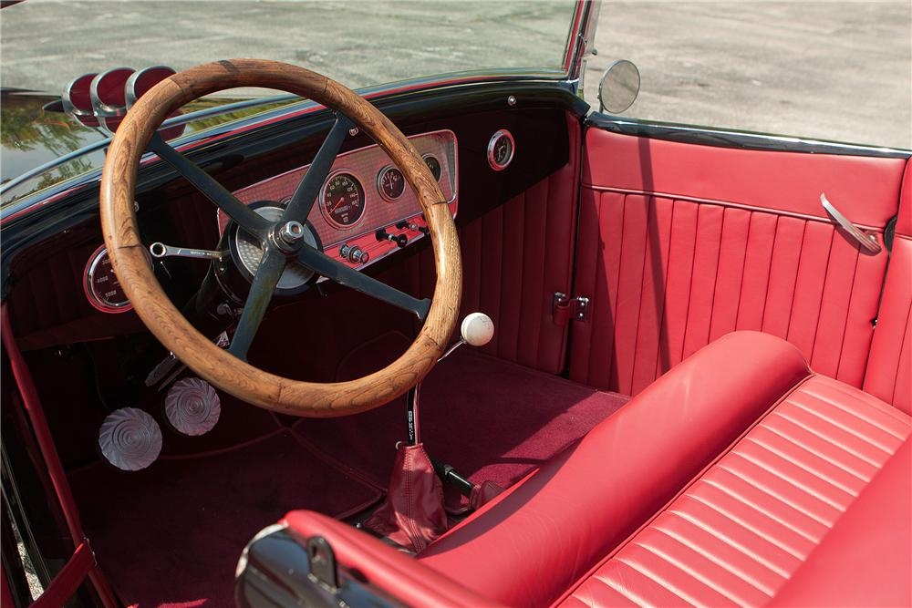 1931 FORD MODEL A ROADSTER - Interior - 137711
