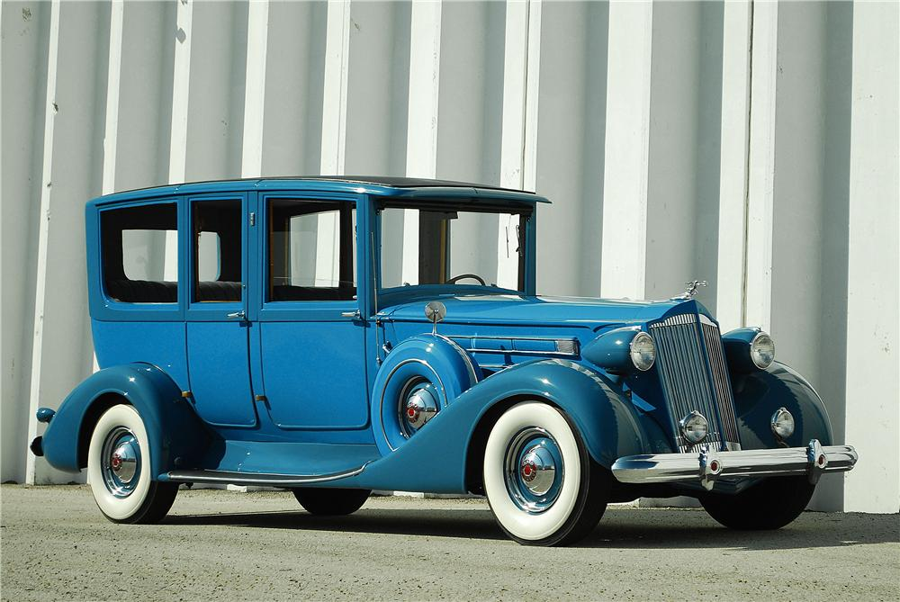 1937 PACKARD 12 LIMOUSINE - Front 3/4 - 137716
